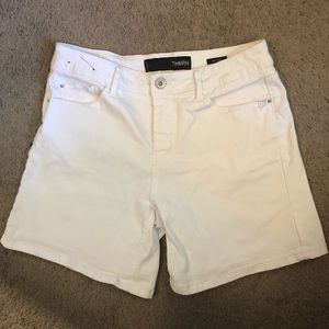 Mid Rise Size 12 THORN Shorts